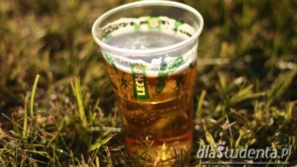 Piwko w plenerze będzie legalne?