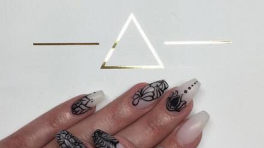 Modne paznokcie na wiosnę [ZDJĘCIA]