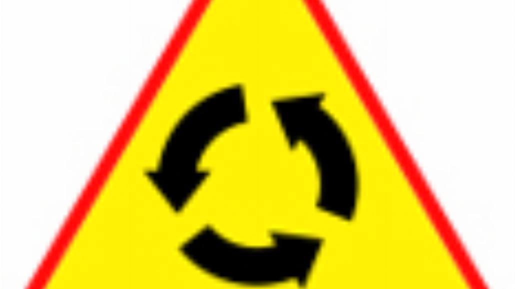 """A-8 """"skrzyżowanie o ruchu okrężnym"""""""