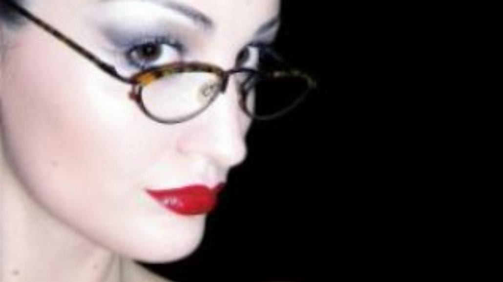 Wielki powrót czerwonej szminki!