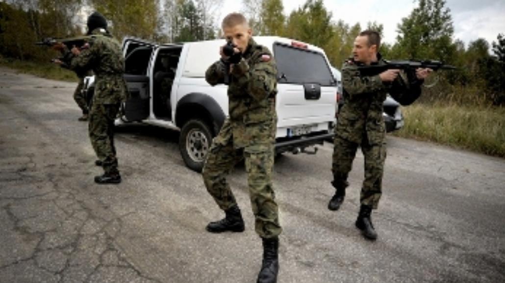 Szkolenie wojskowe polskich aktorów (FOTO)