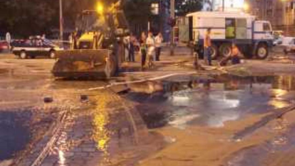 Dziura w rurze - Wrocław bez wody