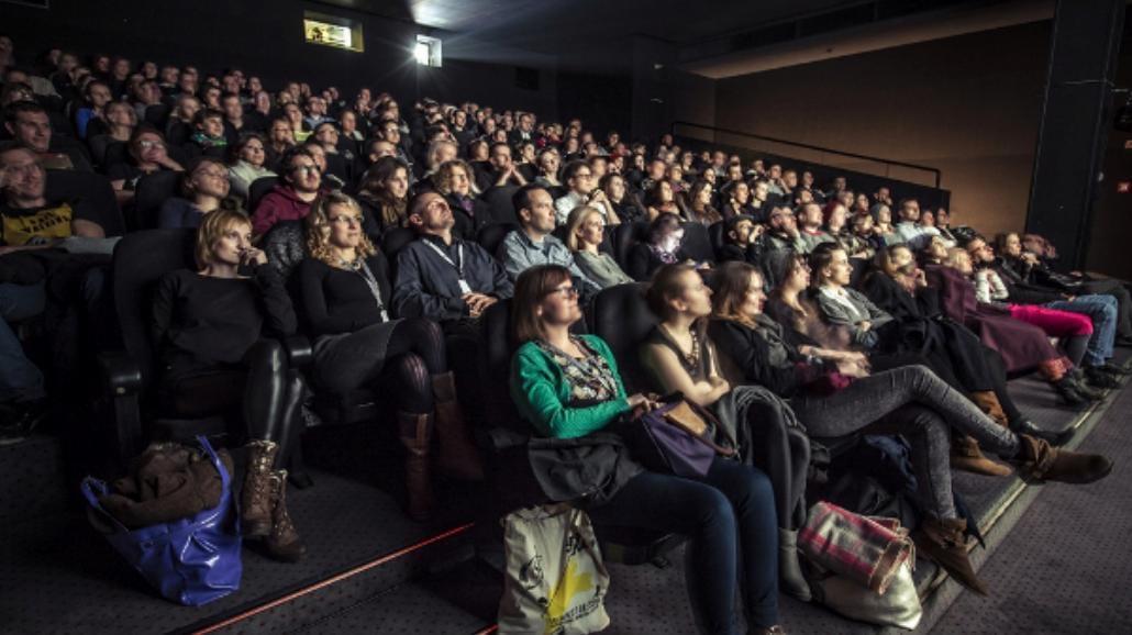 Virtual Reality zamiast kina - fanaberia, czy przyszłość dla kinomanów?