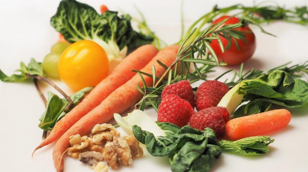 Najnowsza Piramida Zdrowego Żywienia i Aktywności Fizycznej.  Istotne zmiany! [WIDEO]