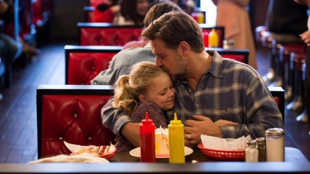 """Russell Crowe i Amanda Seyfried w dramacie """"Ojcowie i córki"""" [FOTO]"""