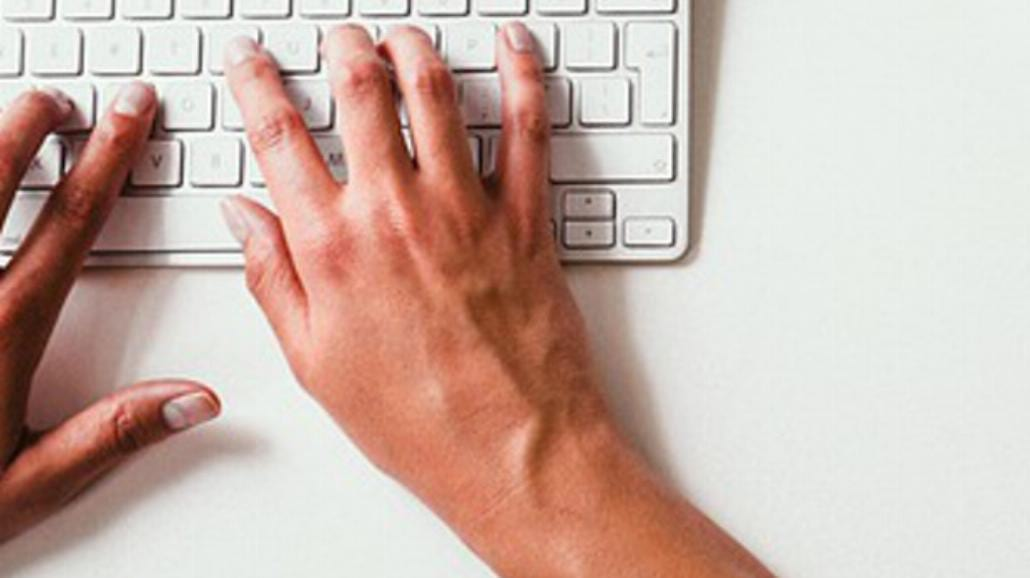 Ręka na klawiaturze, czyli  jak uniknąć cieśni nadgarstka?