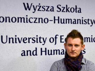 """""""Będę działał z mikrofonem, bo to moja praca-pasja"""" - wywiad z Mateuszem Stworą - spiker piłkarski, rozmowa, student zarządzania"""