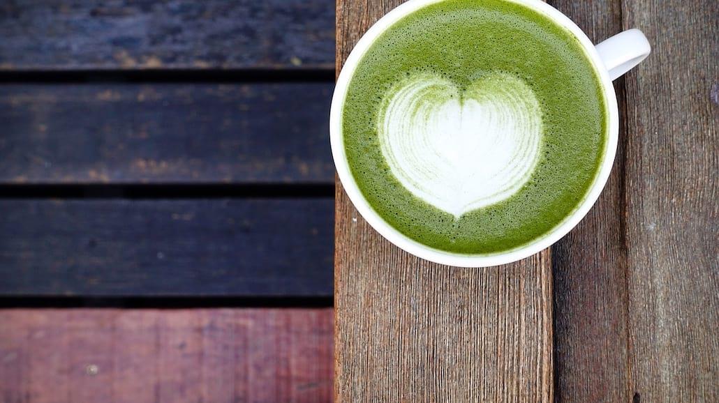 Matcha -zielona herbata w proszku. Co to takiego?