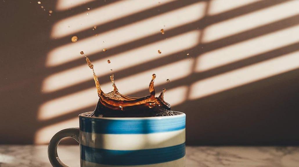 jak usunąć plamę po kawie