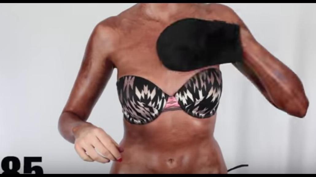 Kobieta posmarowała się 100 warstwami samoopalacza! Zobacz, jak wygląda [WIDEO]