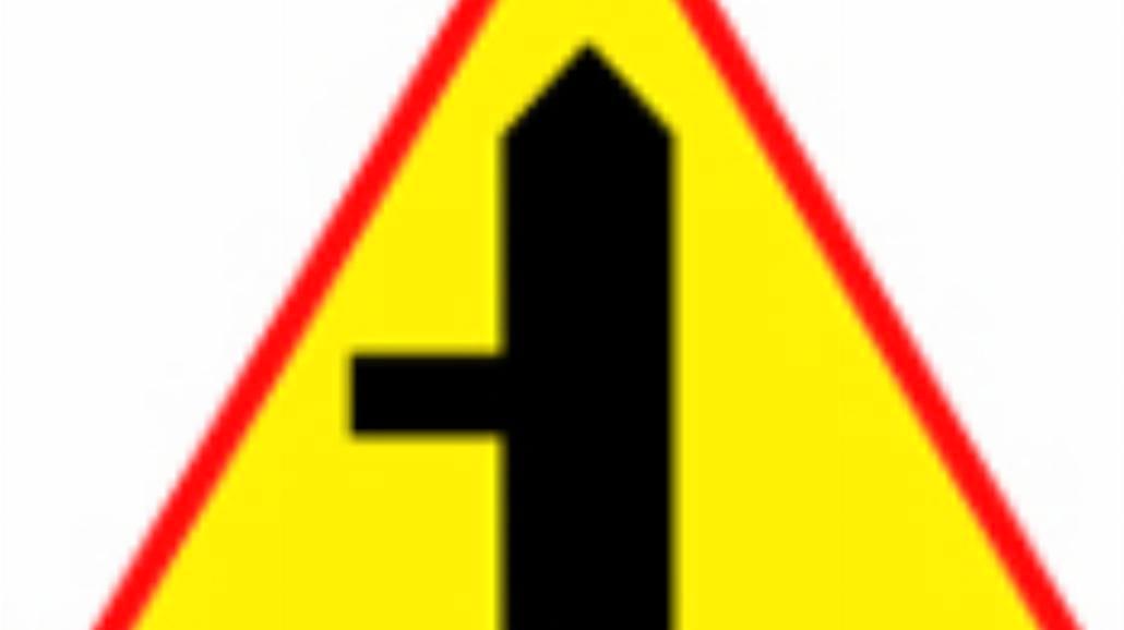 """A-6c """"skrzyżowanie z drogą podporządkowaną występu"""