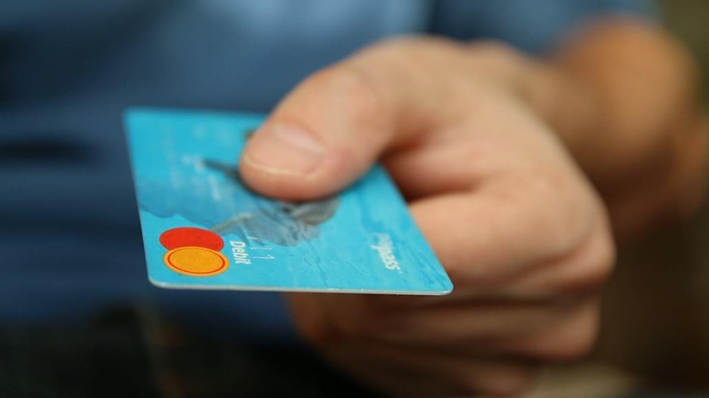 Czy opłaca się robić zakupy przez internet?