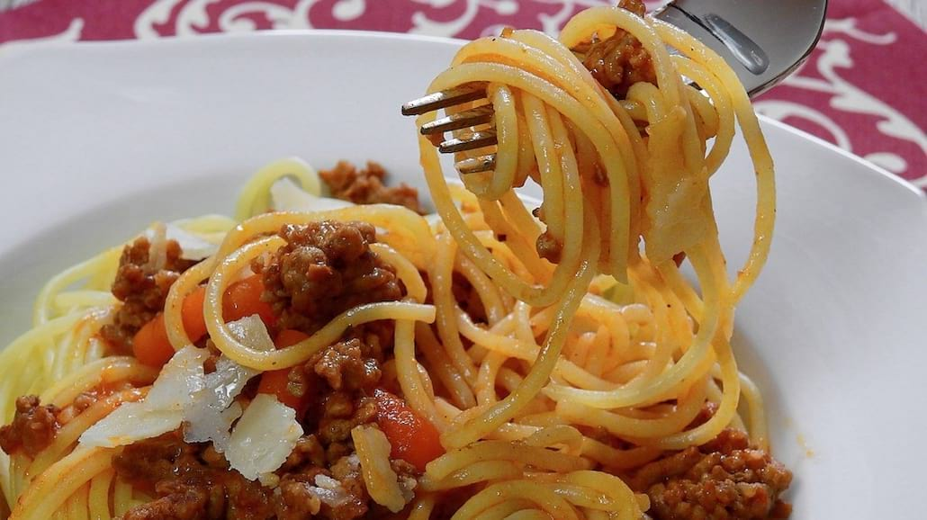 Przepis na szybkie spaghetti bolognese
