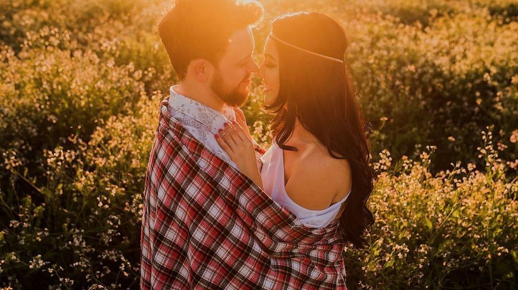 7 znaków, że on się w tobie zakochał