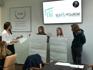 EDUreformowalni - pierwsza część projektu za nami! - warsztaty, spotkania, wystąpienia, debata