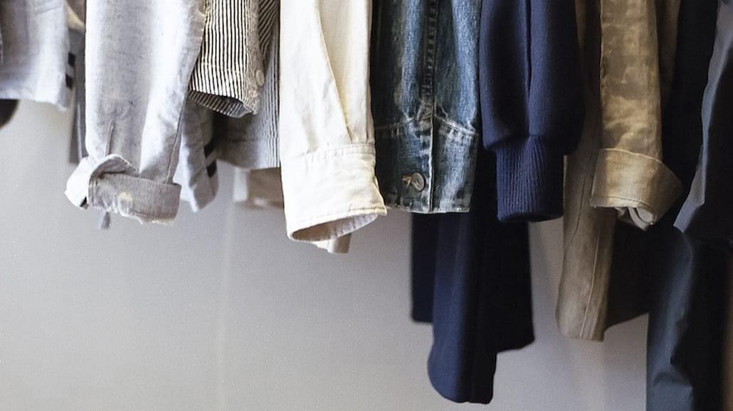 Jak zorganizować swoją szafę na jesień?