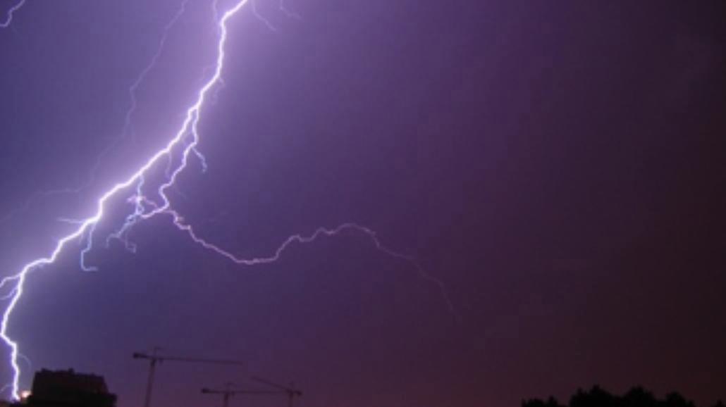 Ostrzeżenie przed burzami na Dolnym Śląsku