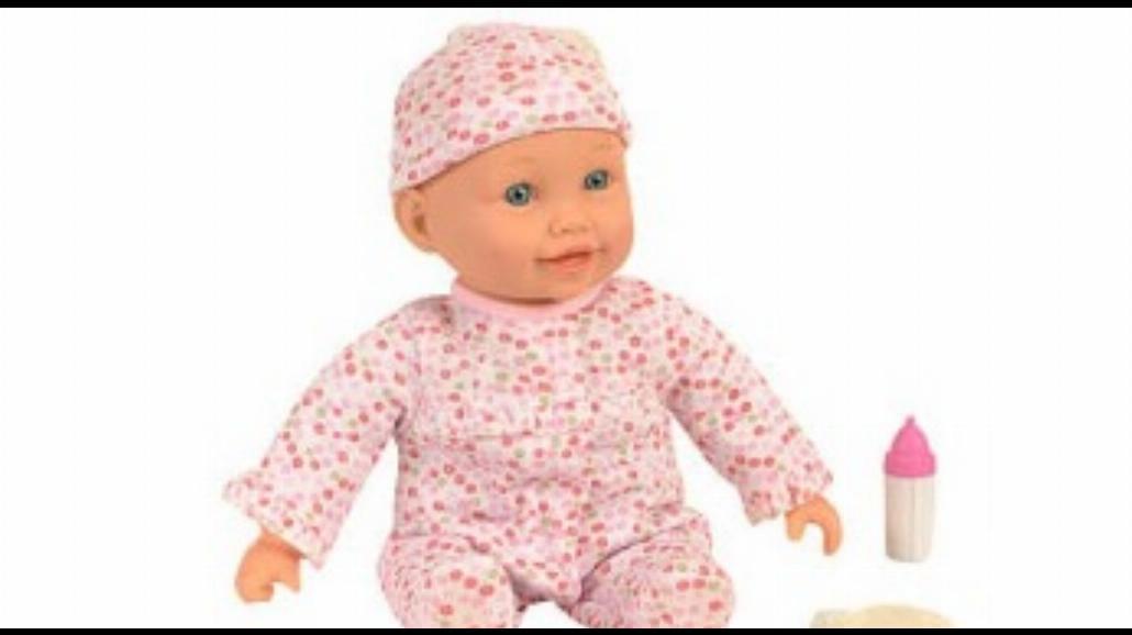 Lalka wyzywa dzieci od suk