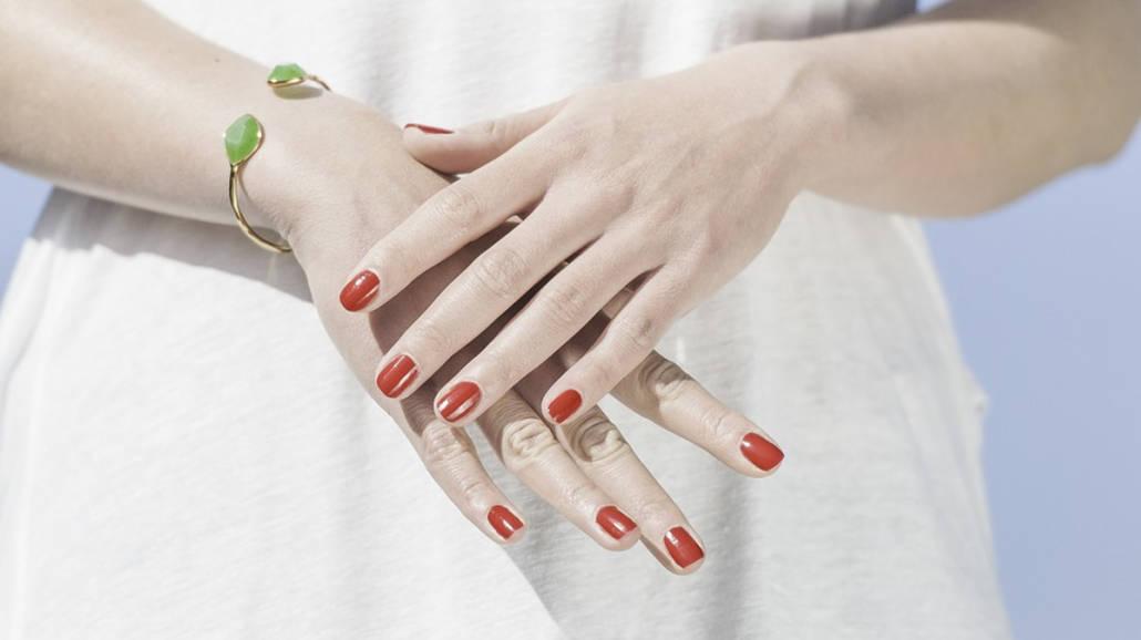 RozdwajajÄ…ce siÄ™ paznokcie - przyczyny i leczenie