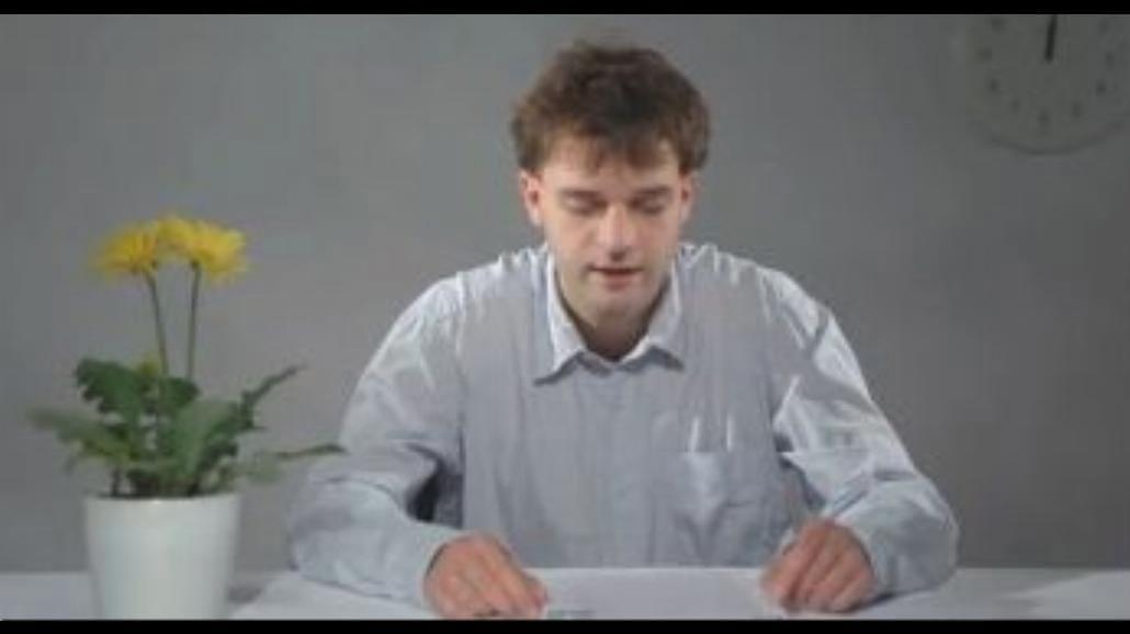 Przez 3,5 godziny wymawia najdłuższe słowo świata
