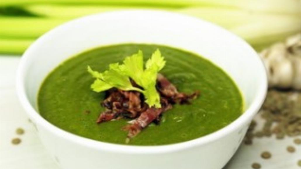 Zupa soczewicowo–szpinakowa