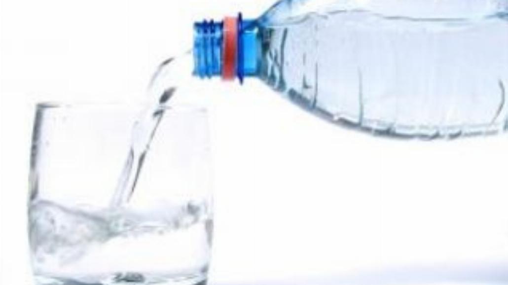 Jak wybrać dobrą wodę do picia?