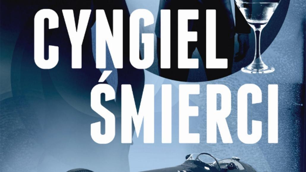 """James Bond pociąga za """"Cyngiel śmierci"""""""