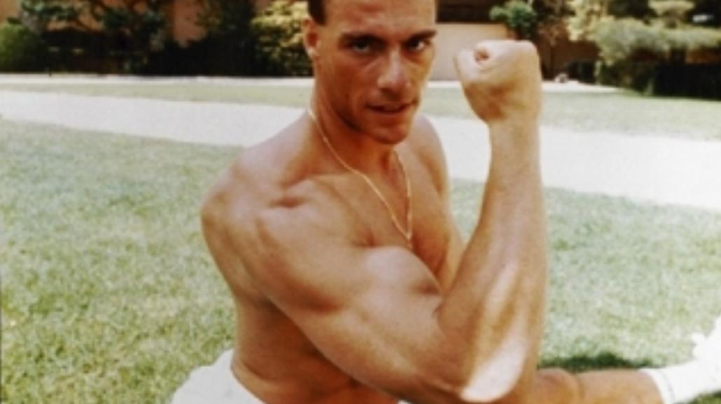 Van Damme znowu będzie kopał