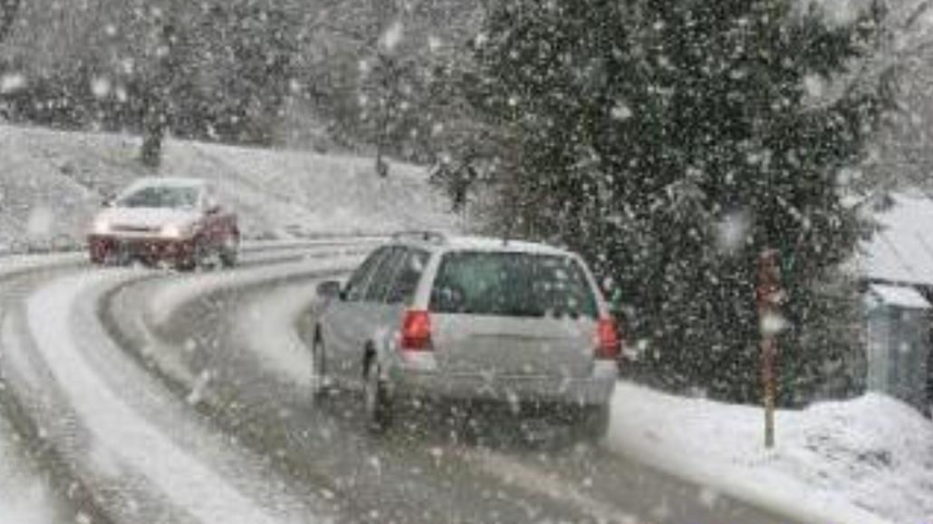 Dlaczego i kiedy najlepiej zmienić opony na zimowe