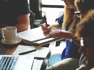 Praca w grupach - jak sprawić, żeby była udana? - Praca w zespole, prezentacja, drużyna, wybór kapitana, dowódca