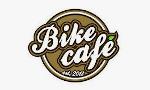 Barista mobilnej kawiarni rowerowej Bike Cafe