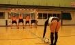 Piłkarze Royal Antwerp strzelają w pośladki modelek