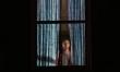 Kobieta w oknie - zdjęcia z filmu  - Zdjęcie nr 5