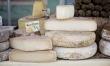 Na świecie istnieje około 4 tysięcy gatunków sera