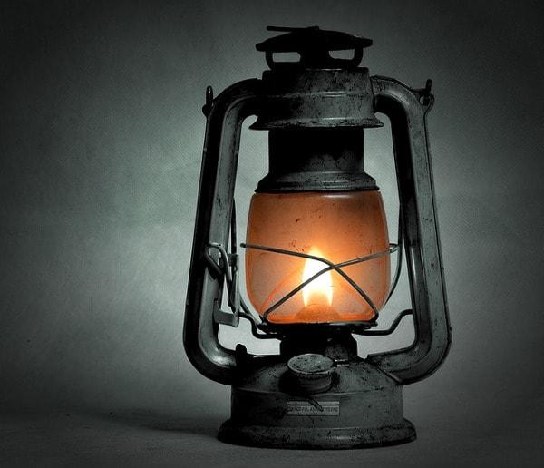 Lampa naftowa - wynalazki XIX wieku - Zdjęcia, fotki - Studia