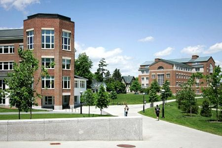 7. Dartmouth College (Hanover w stanie New Hampshire) - 57,996$ za rok
