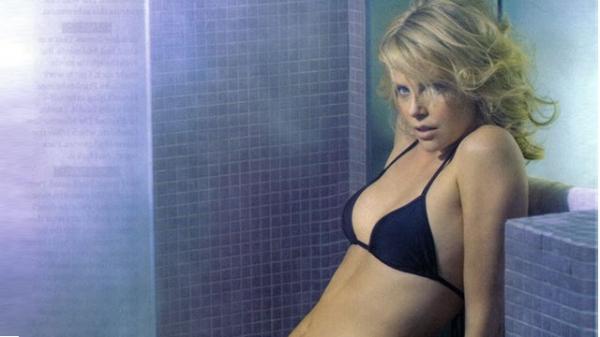 20 najseksowniejszych zdjęć Charlize Theron  - Zdjęcie nr 3