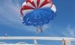 Skok ze spadochronem lub lot balonem