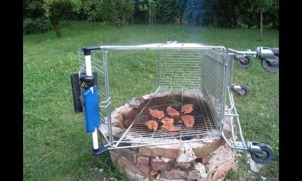 Kradzież wózka - 200zł. Kupno mięsa – 12zł. Wyjątkowy grill ze znajomymi - bezcenne!