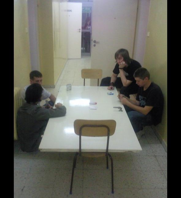 Były drzwi jest stół