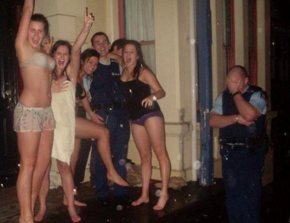 Zgadnijcie, który z Panów Policjantów był kiedyś studentem?