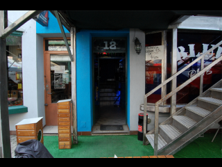 Blue Pub - zdjęcie