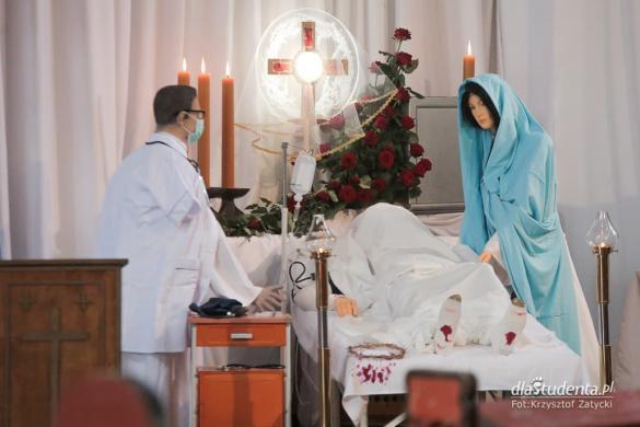 Wielkanoc 2020: Grób Pański w kościele św. Jerzego we Wrocławiu