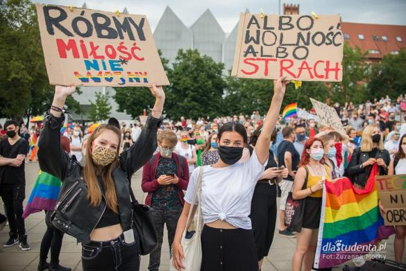 Wszystkich nas nie zamkniecie - manifestacja w Szczecinie