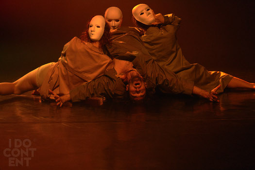 Tańcząc Boska komedię - premiera spektaklu Elwiry Piorun