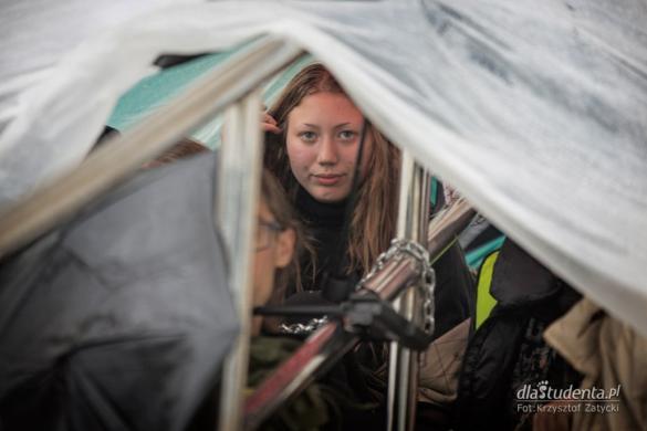 Protest wrocławskich anarchistek w sprawie uchodźców w Usnarzu Górnym