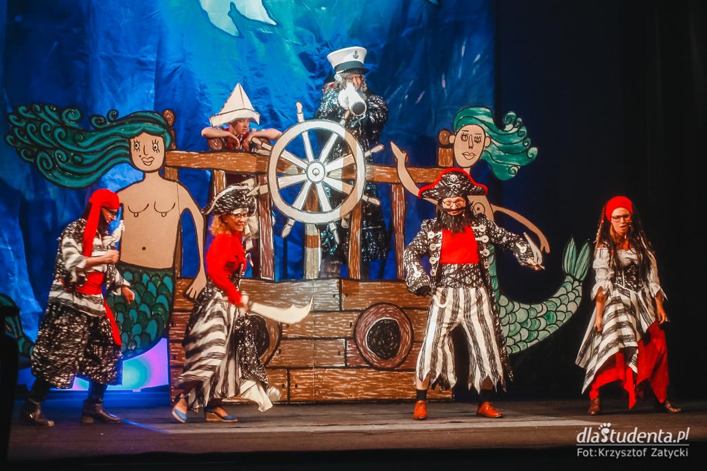 Wrocławski Teatr Lalek: Babcia na Jabłoni