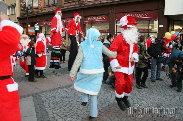 I Międzynarodowy Zlot Mikołajów - zdjęcie nr 6