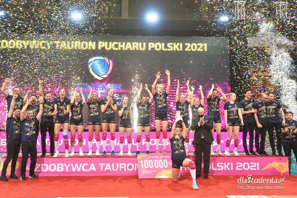 Puchar Polski siatkówki kobiet 2021: Grupa Azoty Chemik Police - Grot Budowlani Łódź 3:1