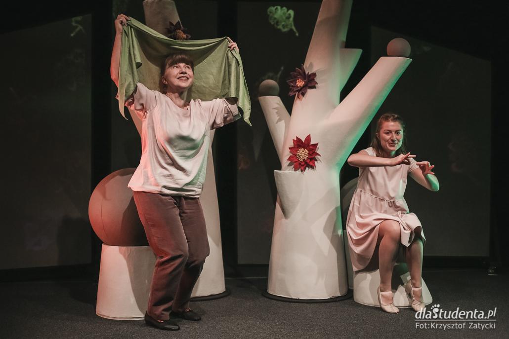 Wrocławski Teatr Lalek: Drzewo - próba prasowa